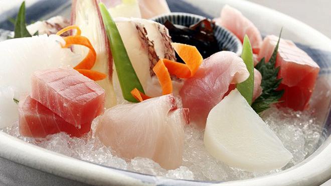 隠れ房 御庭 - 料理写真:毎日築地から届く旬の鮮度の高い魚を料理人の技で仕立てます。日替わりでお楽しみ下さいませ。