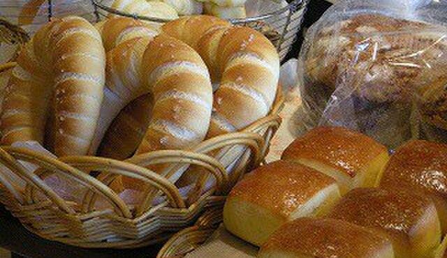 シャルムベーカリー・ポンシェ - 料理写真:本当においしいパンを届けたくて基本の基本にこだわっています。