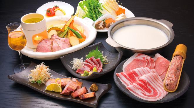豚料理専門店 銀呈 - 料理写真:銀呈フルコース 赤豚DDXを目一杯楽しんで頂くコース。お鍋は4種からお選び頂きます。