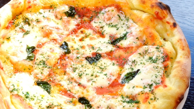 CRAFTBEER KEG・NAGOYA - 料理写真:◆サイズが約24cmのビール酵母入りのピザです♪又、1週間ごとに期間限定ピザが2種類登場!!お店にGO!