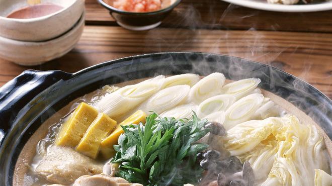 大市 - 料理写真:鶏水炊きイメージ(2人前)