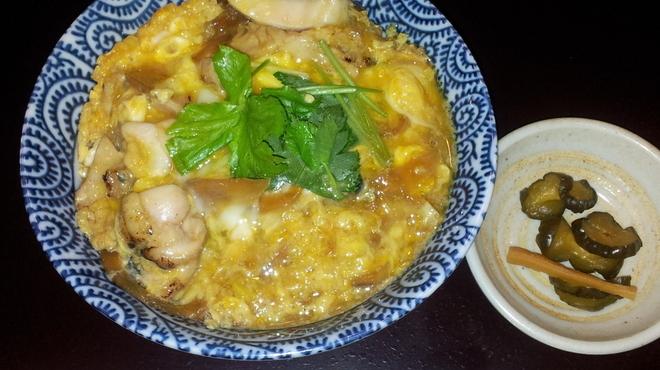 大市 - 料理写真:地鶏丼