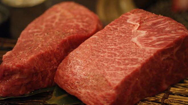SATOブリアン - 料理写真:赤身の塊肉150㌘~