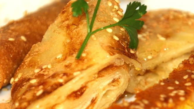 モロッコ料理カサブランカ - 料理写真:ムッサメンパン