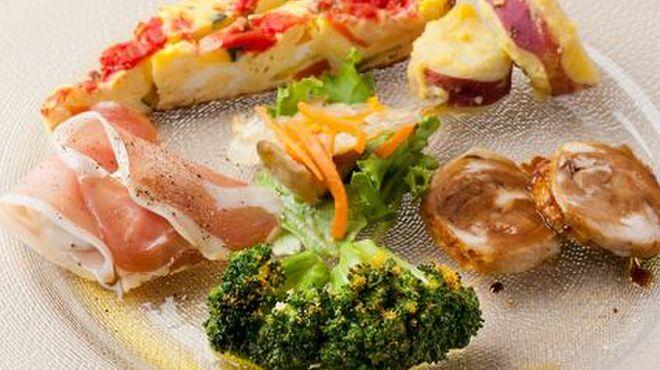 イル・ピアーノ - 料理写真:前菜盛り合わせ(シェフのおまかせ6品)