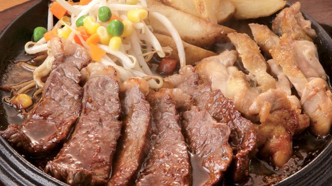 テキサスキングステーキ - 料理写真:コンボB(ステーキ+チキンステーキ)
