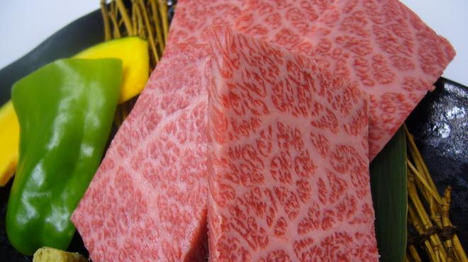 焼肉 蔵人 - 料理写真:特選ロース