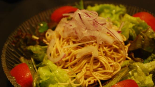 くし処かぐら大橋店 - 料理写真:ラーメンサラダ