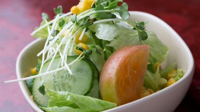 ひまわり - 料理写真:野菜サラダ