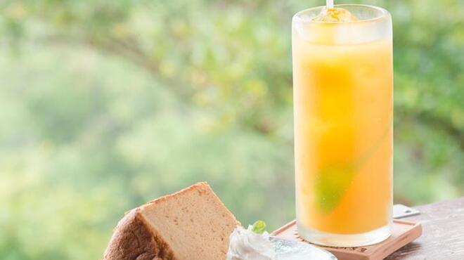 山の茶屋 楽水 - 料理写真:景色を眺めながらのティータイムでほっこり