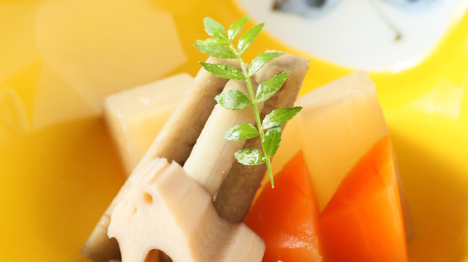 京都鴨そば専門店 浹 - 料理写真:根菜の炊き合わせ