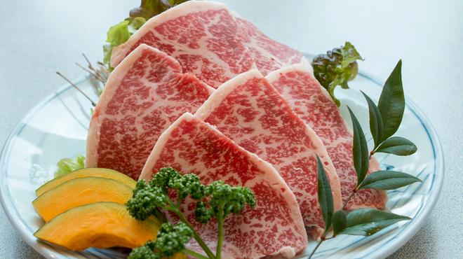 山形牛ステーキ&焼肉 かかし - 料理写真:一番人気!山形牛上カルビ