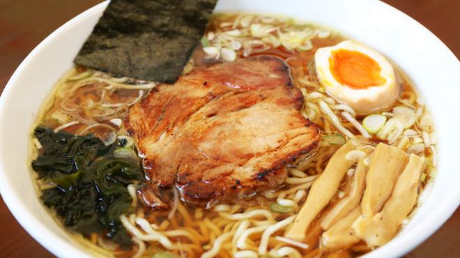 らーめん武蔵 - 料理写真:初めて来た方にまず食べて欲しいラーメンの原点を目指して作った「武蔵醤油ラーメン」