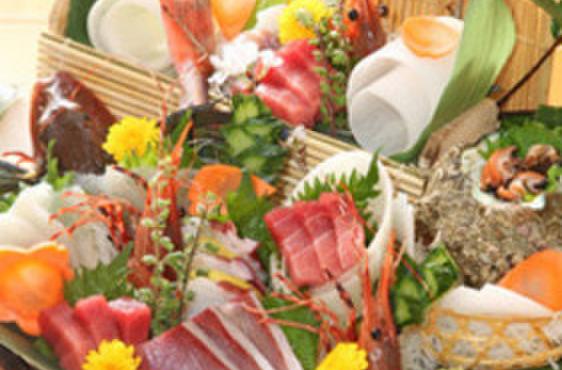 魚國 - 料理写真:相模湾の鮮魚刺身盛り