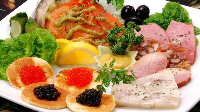 ロシア料理レストラン・バー ニーナ - メイン写真: