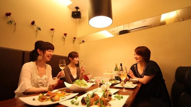 フィオーリア 新宿 アリアブル - メイン写真: