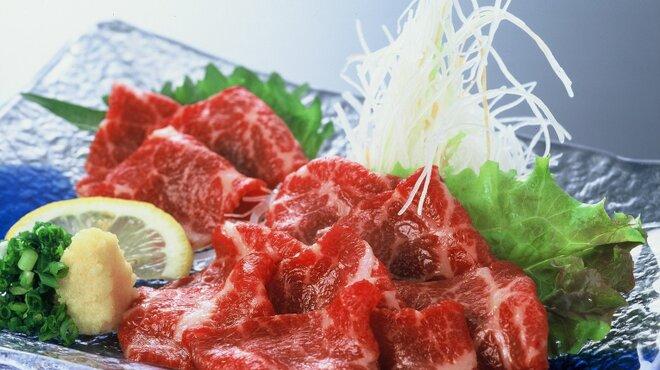 馬肉料理・まぐろと地酒の店 赤味処 馬ぐろ - メイン写真: