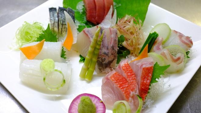 魚の家 - メイン写真: