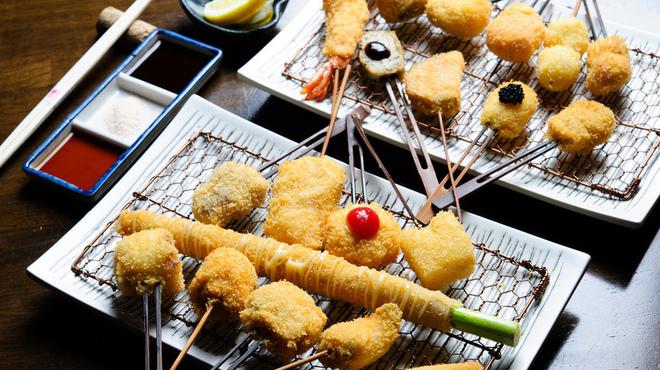 桃屋 - 料理写真:串の行進!ぜーんぶ食べても3200円☆