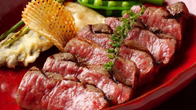 旬菜ステーキ処 らいむらいと - 料理写真:特選!和牛ロースステーキ