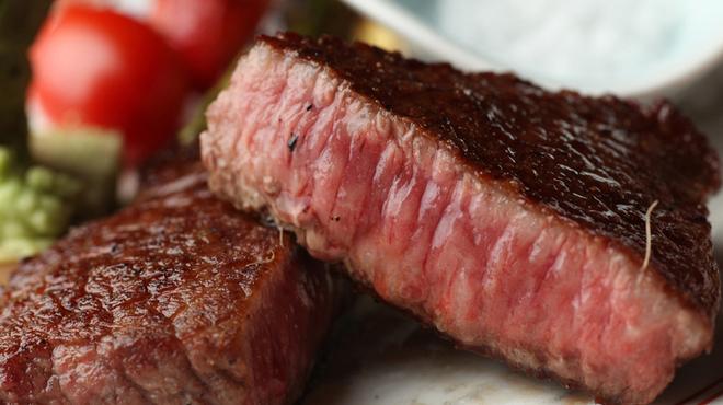 美食 米門 - 料理写真: 厳選されたフィレミニヨンをステーキで