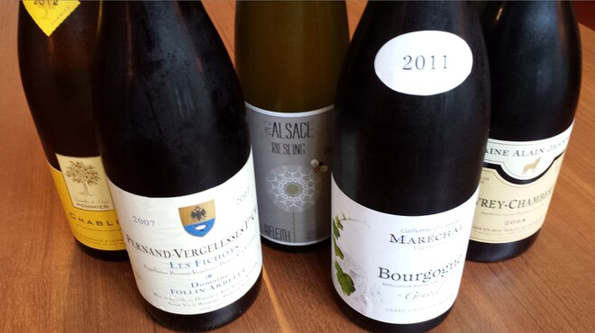French Hana - 料理写真:酸化防止剤を最低限に抑えた自然派ワイン『マキコレ』