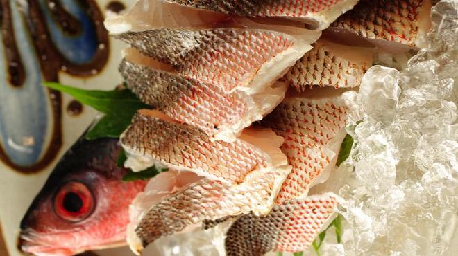 草花木果 - 料理写真:売り切れ御免  グルクンのお刺身あります。