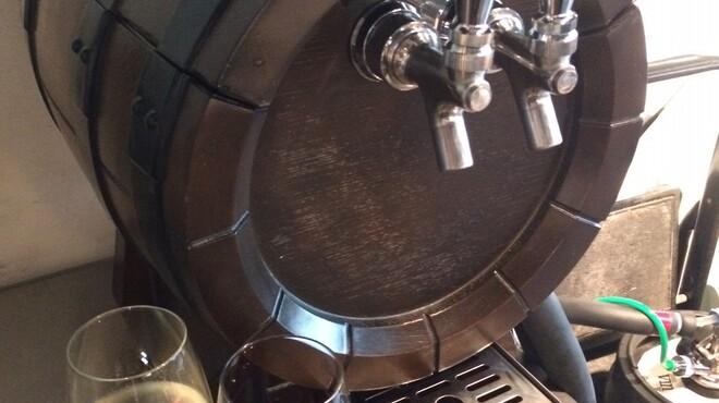 バールヴィータ - 料理写真:なかなか飲めない生ワイン