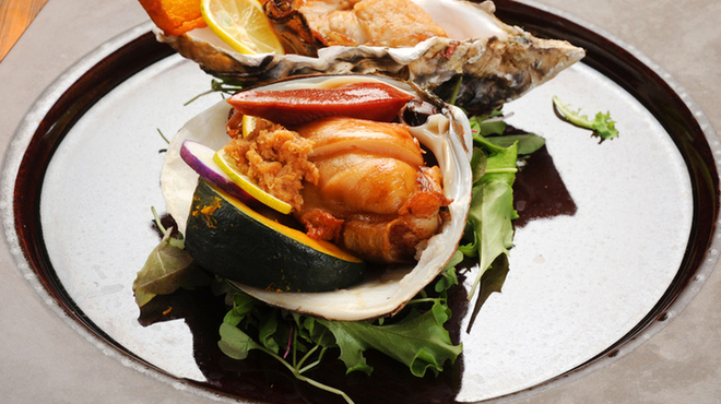 RAKUSUI - 料理写真:産直の魚貝料理