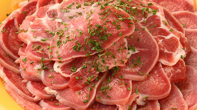 すたみな太郎NEXT - 料理写真:豚タン
