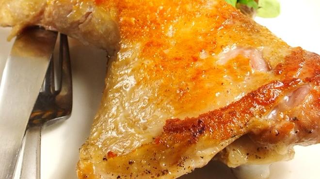 大衆ビストロ ぐりぐり - 料理写真:豪快!さつま鶏の骨付きもも焼き