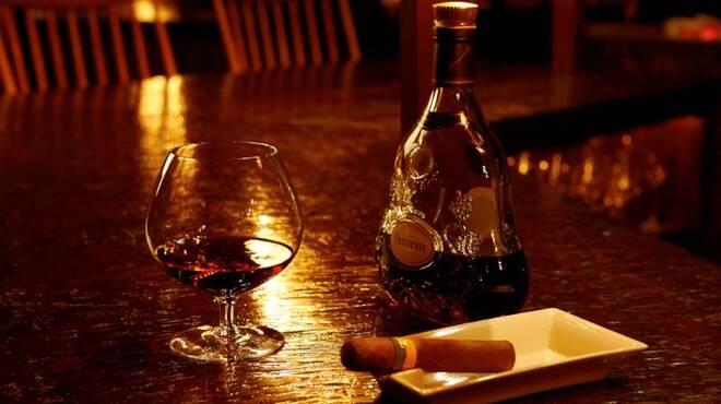 bar 松虎 - 料理写真:シガーは通な大人のオシャレな嗜み。松虎でぜひゆったりとした大人の時間をご体感ください。
