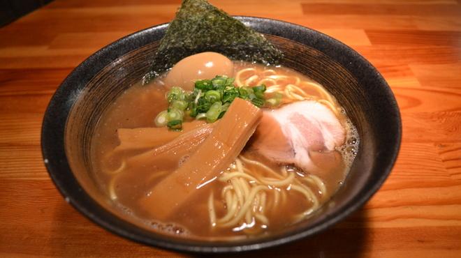 瞠 - 料理写真:濃厚魚介らーめん