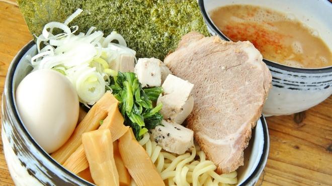 麺や わたる - メイン写真: