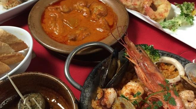 スペインバル ピー - 料理写真:2名様からの飲み放題付きコース