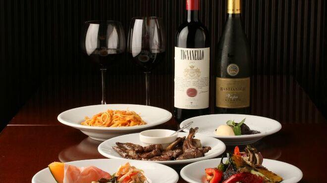 ダノイ - 料理写真:リーズナブルな価格で美味しくて、ゴージャスな雰囲気を楽しめる隠れ家的イタリアンです。