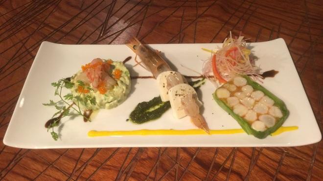 エビ殻荘 - 料理写真:特別コースの前菜盛り合わせ