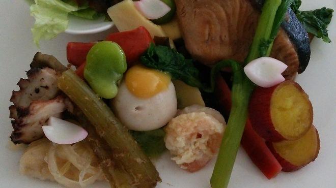 和×フレンチ 松原 - 料理写真:フレンチベースで法事プラン