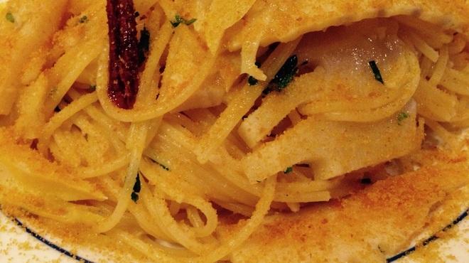 キッチンブイ - 料理写真:筍とカラスミのペペロンチーノ