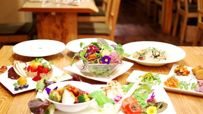 たまな食堂 - 料理写真:たまなの春アンサンブルディナー