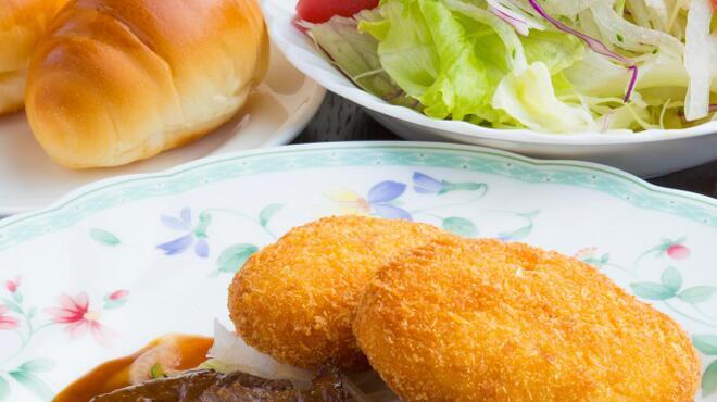 サラダの店サンチョ - 料理写真:セレクトセット:当店の味か凝縮された、スープ・料理・サラダ・ライス又はパンのセット料理