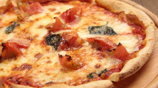 タック キッチン - 料理写真:自家製生地のピッツァ!