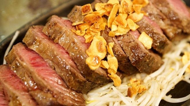 鉄板屋 我んが - 料理写真:滾るステーキ(1ポンド)