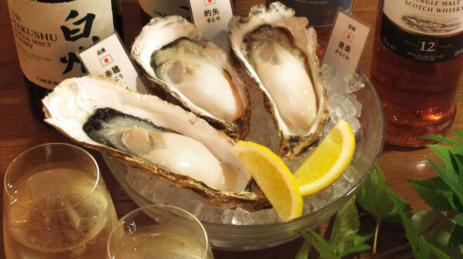 COVO - 料理写真:産地別に様々な牡蠣の味を食べ比べ