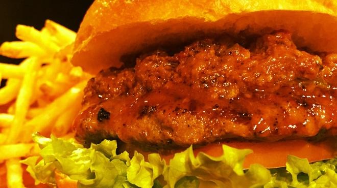 バーガーショップホットボックス - 料理写真:チリビーンズバーガー