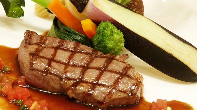リューバンカフェ - 料理写真:サーロインステーキ130g
