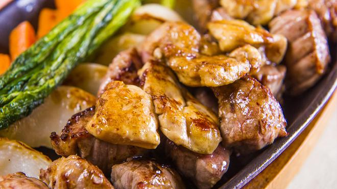桜なべ 中江 - 料理写真:ステーキにトッピング「フォアグラ」