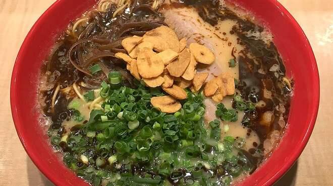 豚骨拉麺酒場 福の軒 - 料理写真:麻油らーめん 580円