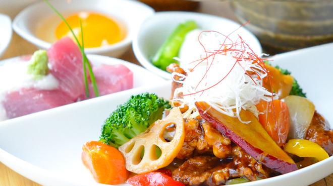 Harumari Cafe&Diner - メイン写真: