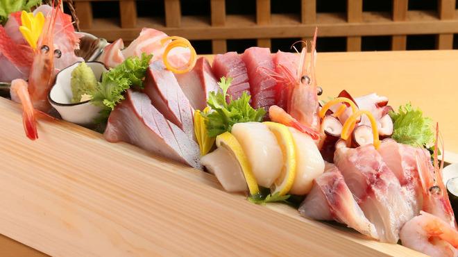 跳魚 - 料理写真:松(5種盛り) 刺身をメインでいきたい!というかたに・・・